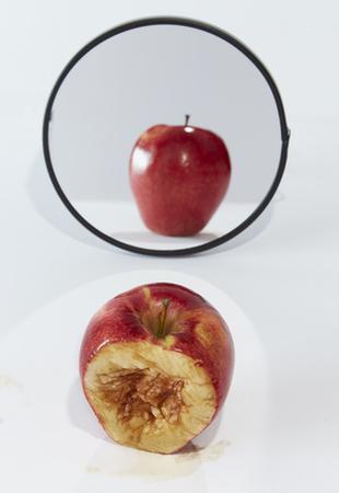 """Apparire... a volte non """"mela"""" raccontano giusta"""